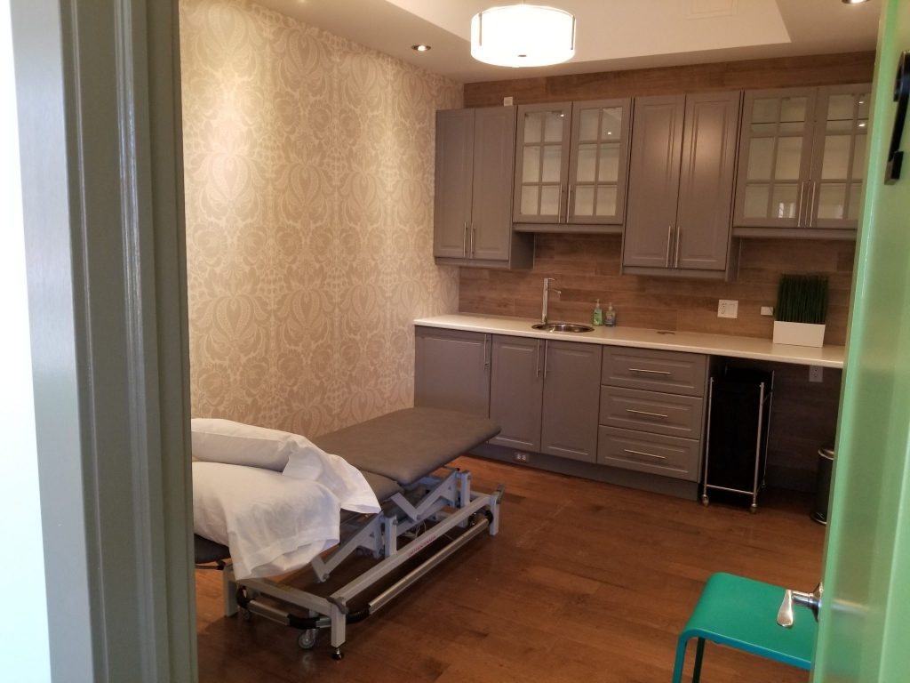 Beechwood Physiotherapy private treatment room